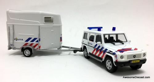 Cararama 1:43 2015 Mercedes Benz G-Wagon w/Horse Trailer: Dutch National Police Mounted Unit