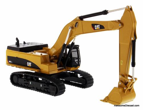 Diecast Masters 1:64 Caterpillar 385C Hydraulic Excavator