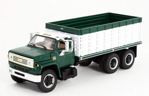 First Gear 1:64 Chevy C65 Tandem Axle Grain Truck: Green