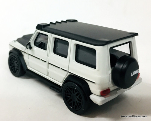 Paragon 1:64 Mercedes Benz G63 AMG: Liberty Walk Edition