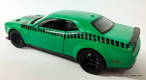 Motor Max 1:24 2018 Dodge Challenger SRT Hellcat Widebody, Green
