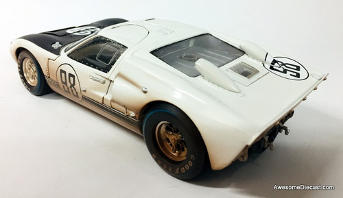 Shelby Collectibles 1:18 1966 Ford GT-40 MK11: Daytona 24 Hours After Race Edition