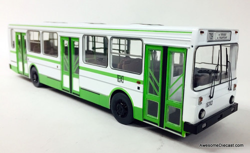 SSM 1:43 Liaz 5256 White/Green: City of Moscow Transit Bus