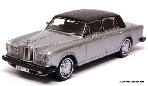 Neo 1:43 Bentley T2 RHD, Silver/Black Roof