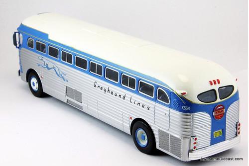 Hachette 1:43 GMC PD 3751 Greyhound Lines: San Francisco
