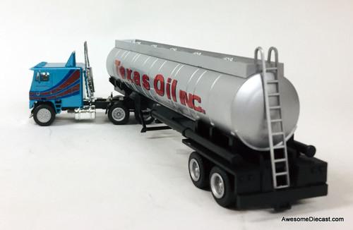 Con-Cor 1:87 Freightliner COE Sleeper Cab w/40' Elliptical Tanker: Texas Oils Inc