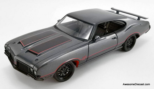 ACME 1:18 1970 Oldsmobile 442 W30 Street Fighter
