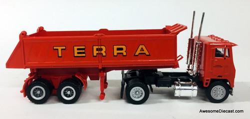 Con-Cor 1:87 Freightliner COE W/Dump Trailer: Terra Construction