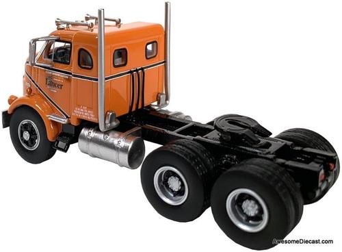 Neo 1:64 1954 GMC 950 Cannonball, Orange