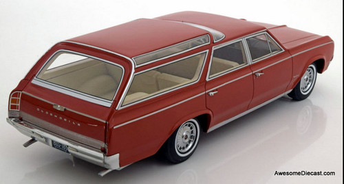 BoS 1:18 1964 Oldsmobile Vista Cruiser, Brown