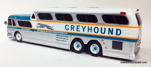 BraziBus 1:32 GM PD-4501 SceniCruiser: Greyhound Lines / Golden Anniversary Livery