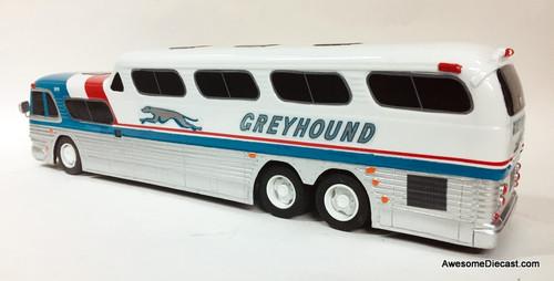 BraziBus 1:32 GM PD-4501 SceniCruiser: Greyhound Lines, Bicentennial