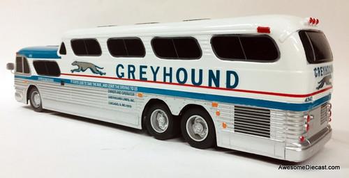 BraziBus 1:32 GM PD-4501 SceniCruiser: Greyhound Lines