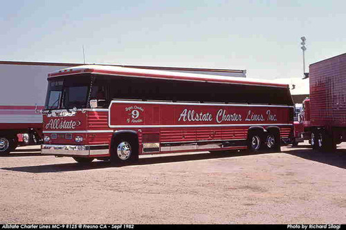 Iconic Replicas 1:87 MCI MC-9 Crusader Coach: Allstate Charter Lines - The 1st MC-9 Built
