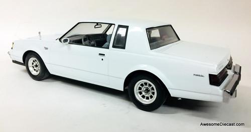 GMP 1:18 1986 Buick Regal T Type, White