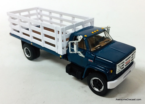 First Gear 1:64 GMC 6500 Single Axle Stake Truck, Blue/White