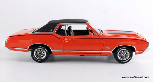 American Muscle Elite Edition 1:18 1970 Oldsmobile Cutlass SX