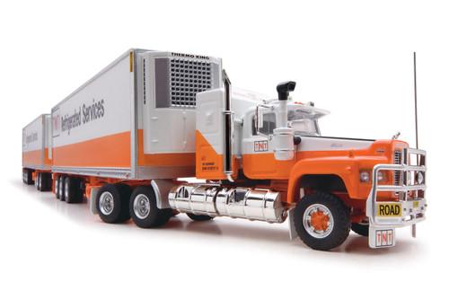 Road Train Replicas 1:64 MACK SuperLiner w/ Three Refrigerated Trailers: TNT Refrigerated