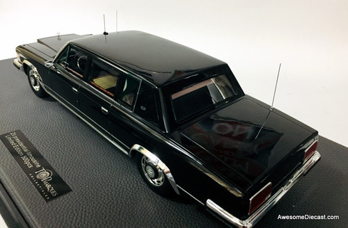 TOPmarques 1:18 Zil 4104 Presidential Limousine, Black