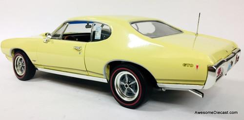 Ertl 1:18 1968 Pontiac GTO, Yellow: 2003 GTO Nationals