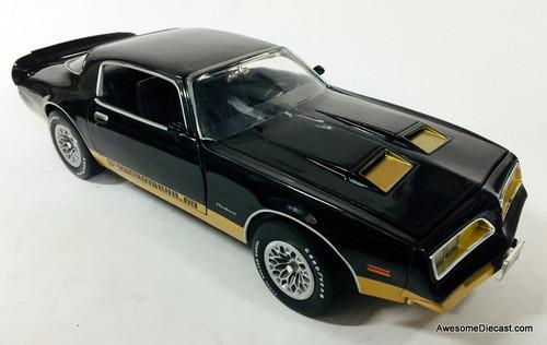 American Muscle 1:18 1977 Pontiac Firebird Formula, Black