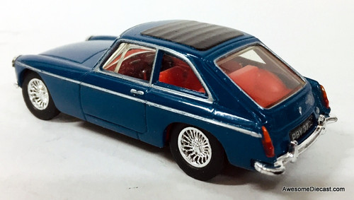 Dinky 1:43 1965 MGB GT RHD, Blue