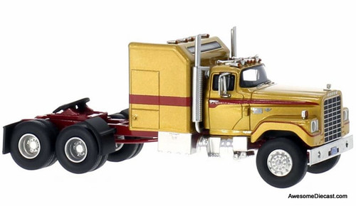 "Neo 1:64 1973 Dodge CNT 950 ""Big Horn"" Tractor w/Standup Sleeper"