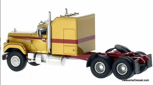 """Neo 1:64 1973 Dodge CNT 950 """"Big Horn"""" Tractor w/Standup Sleeper"""