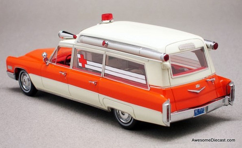 Neo 1:43 1966 Cadillac S&S High Top Ambulance, Orange/White