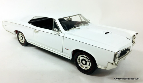 American Muscle 1:18 1966 Pontiac GTO, White