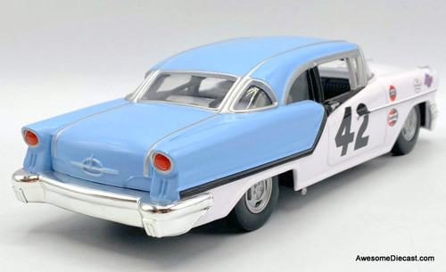 Racing Champions 1:24 1957 Oldsmobile 88: Richard Petty 50th Anniversary Edition