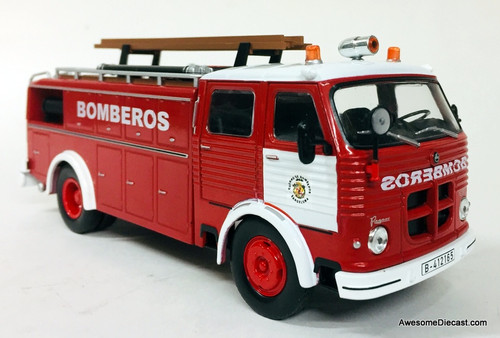 Hatchette 1:43 1963 Pegaso 1091 Fire Truck: Madrid Fire Department, Spain