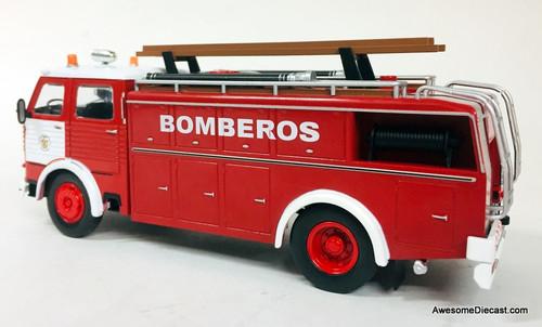 Hatchette 1:43 1963 Pegaso 1091 Fire Truck: Madrid Fire Department, Spain