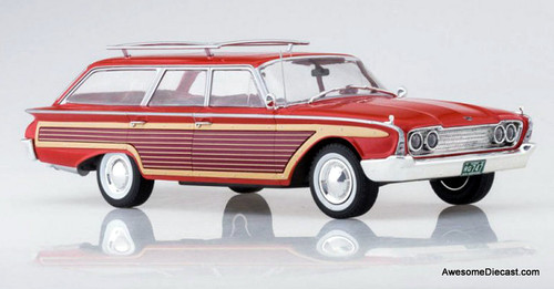 MCG 1:18 1960 Ford Country Squire, Red/Wood