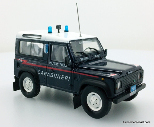 Hatchette 1:43 1995 Land Rover Defender 90: Italian Military Police