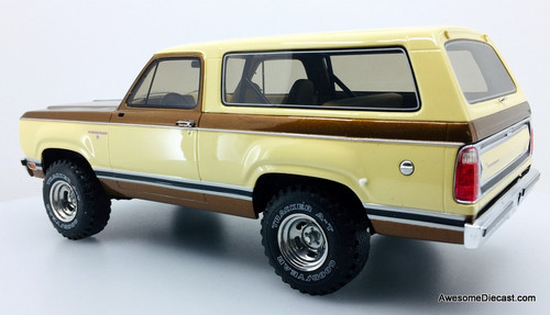 BoS 1:18 1979 Dodge Ramcharger SUV, Bronze/Cream