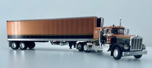 DCP 1:64 Kenworth W900A w/ 40' Trailer: Golden Nugget