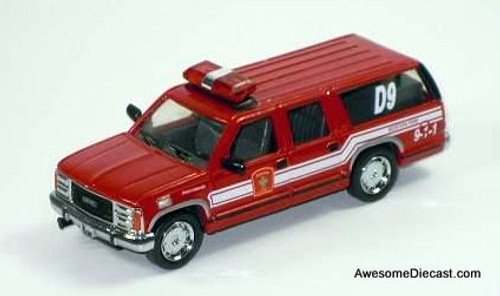 Code 3 1:64 GMC Suburban Battalion: Boston Fire Department