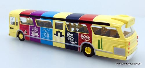 Busch 1:87 GM Fishbowl Bus: Baltimore Tour Bus