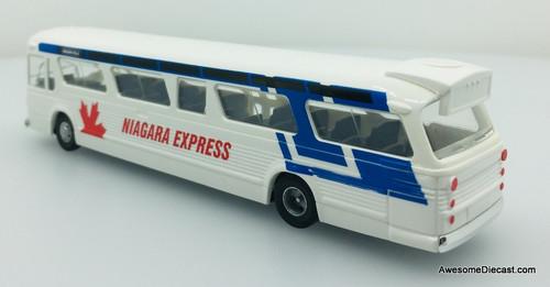 Busch 1:87 GM Fishbowl Bus Niagra Express: Destination, Niagara Falls