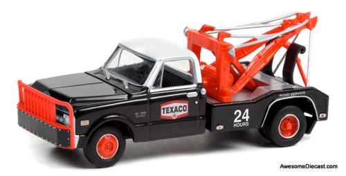 Greenlight 1:64 1970 Chevrolet C-30 Dually Wrecker: Texaco 24 hour Road Service