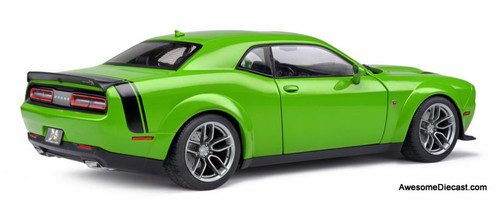 Solido 1:18 2020 Dodge Challenger R/T Scat Pack Widebody, Green