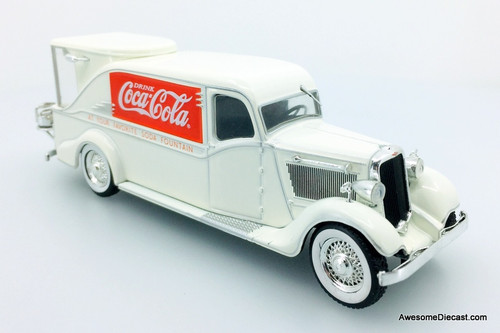 Motor City Classics 1:43 1934 Dodge KH-32: Coca Cola Fountain Truck