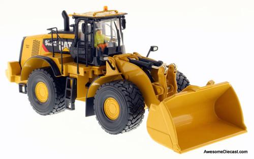 Diecast Masters 1:50 Caterpillar 982M Wheel Loader