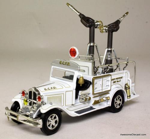 RARE!! Matchbox 1932 Ford Model AA 1 1/2 Ton High Pressure Fire Truck