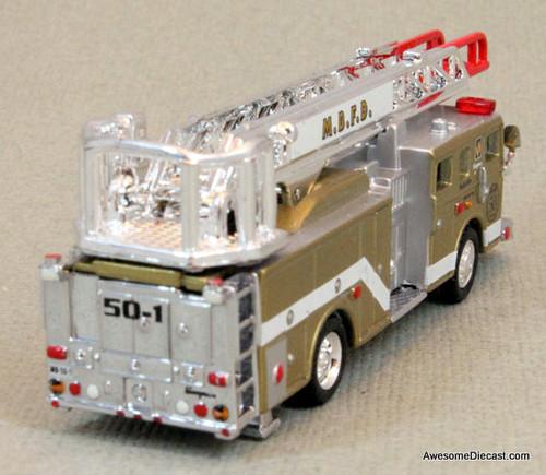 RARE!! Matchbox 1:110 Seagrave Meanstick Aerial Ladder Fire Truck, Gold