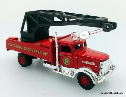 Classic Memories 1:87 Peterbilt Recovery Truck: New York Fire Department