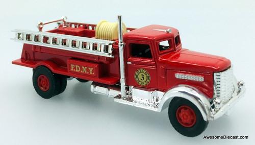 Classic Memories 1:87 Peterbilt Fire Truck: New York Fire Department