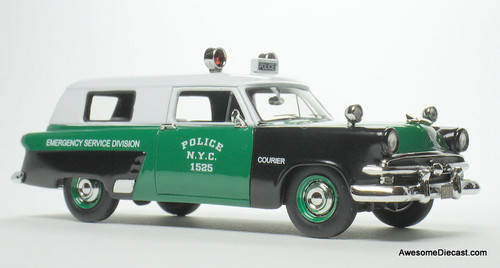 Goldvarg Collection 1:43  1953 Ford Courier: New York Emergency Service Division
