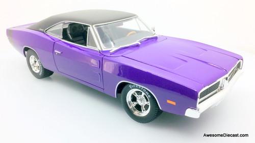 Maisto 1:18 1969 Dodge Charger R/T, Plum Crazy